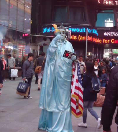 DSC02341 768x1024 400x450 - New York