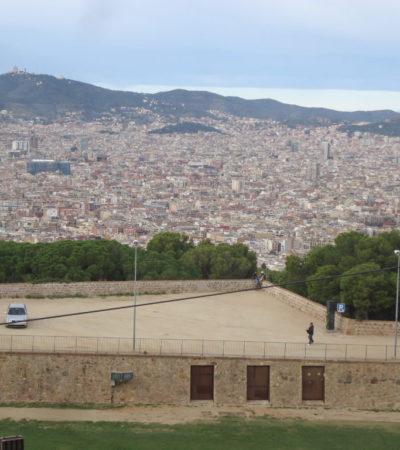 DSC04128 1024x768 400x450 - Barcelone