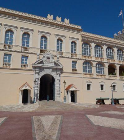 palais princier monaco 400x450 - Monaco