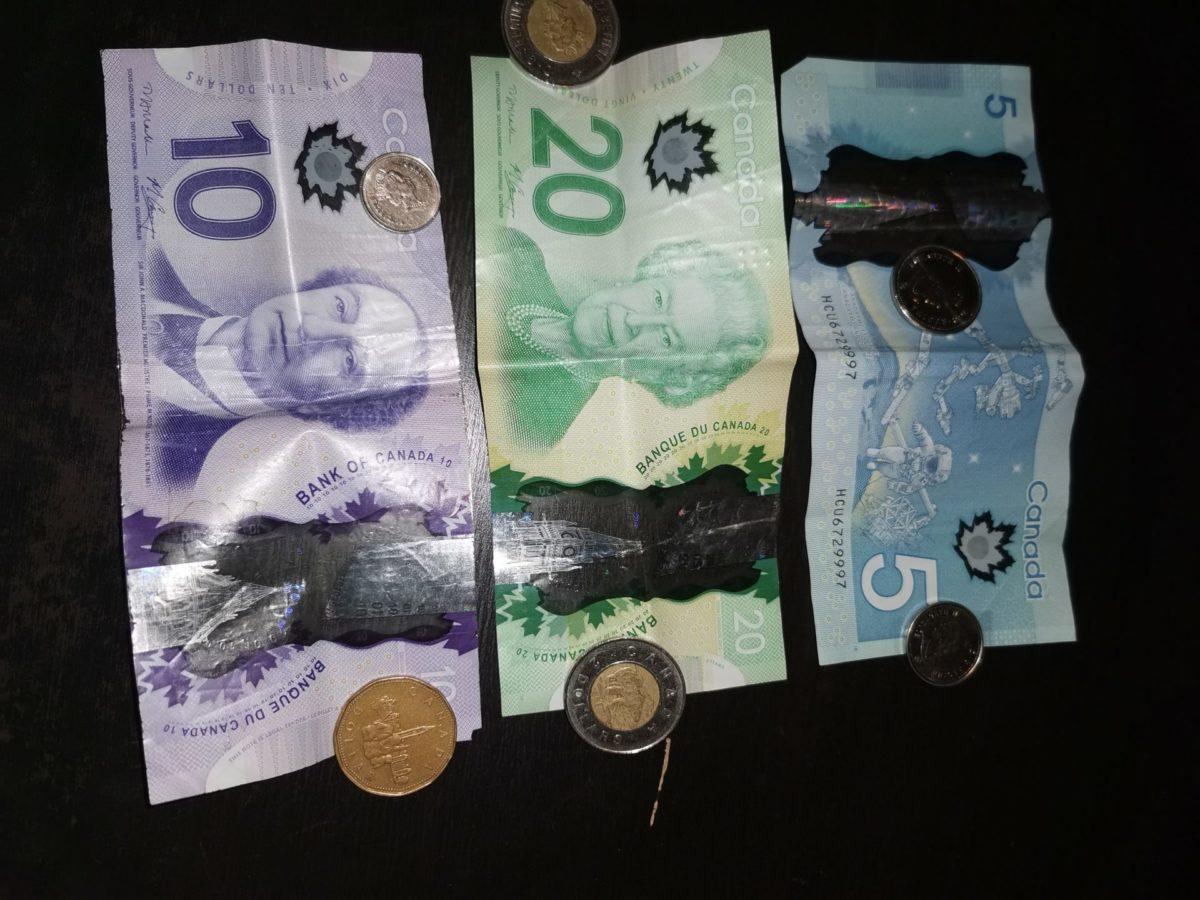 Dollars et pièces Canadiennes VoyagesPIA - Bons Plans