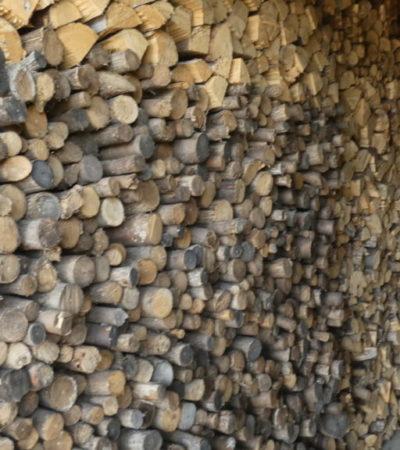Stockage de bois Circuit du Paysan VoyagesPIA 1024x576 400x450 - Châteauguay