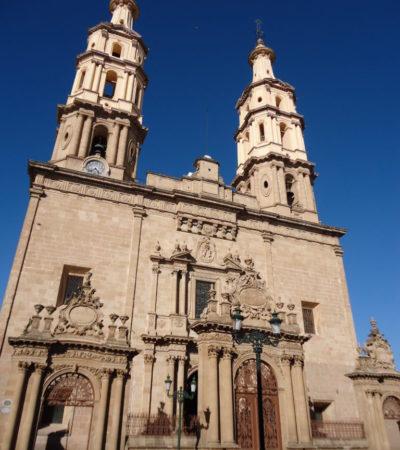 Cathédrale de Mérida au Mexique VoyagesPIA 768x1024 400x450 - Mérida
