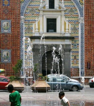 Facade église Puebla Mexique VoyagesPIA 684x1024 400x450 - Puebla