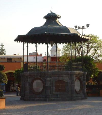 Kiosque de Santiago de Querétaro au Mexique VoyagesPIA 1024x768 400x450 - Santiago de Querétaro