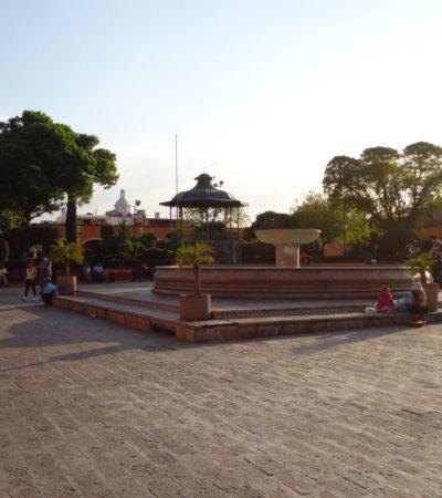 Place de la fontaine à Querétaro au Mexique VoyagesPIA 1024x768 400x450 - Santiago de Querétaro