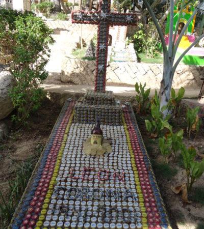 Tombe de Léon Corona à Cancun au Mexique VoyagesPIA 768x1024 400x450 - Cancun