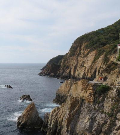 Mer et falaise Acapulco Mexique VoyagesPIA 1024x768 400x450 - Acapulco