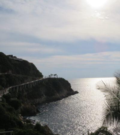 Vue sur mer à Acapulco au Mexique VoyagesPIA 1024x768 400x450 - Acapulco