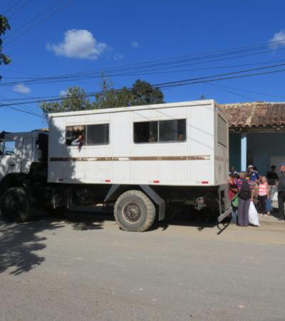 Transport public de Vinales à Cuba VoyagesPIA 1024x768 400x450 - Viñales