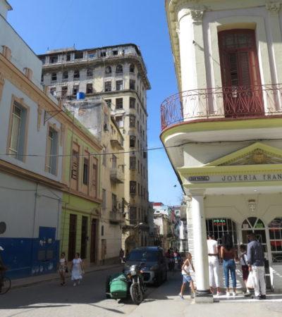 Bijouterie à la Havane VoyagesPIA 1024x768 400x450 - Havane